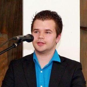 Konvertit Julien Wiesemann (23) Mitglied des Bundesvorstandes der rechtsgerichteten FREIHEIT seit dem 23.02.2013 Neu-Mitglied der AfD-Sachsen seit 11/2013 Star-Gast und Organisator der AfD am 30.11.2013 auf dem LPT Sachsen